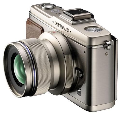 新型の単焦点 M.ZUIKO DIGITAL レンズ